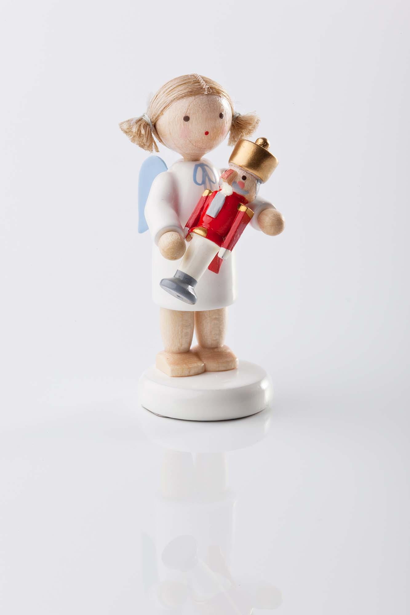 Engel mit Nussknacker 6111