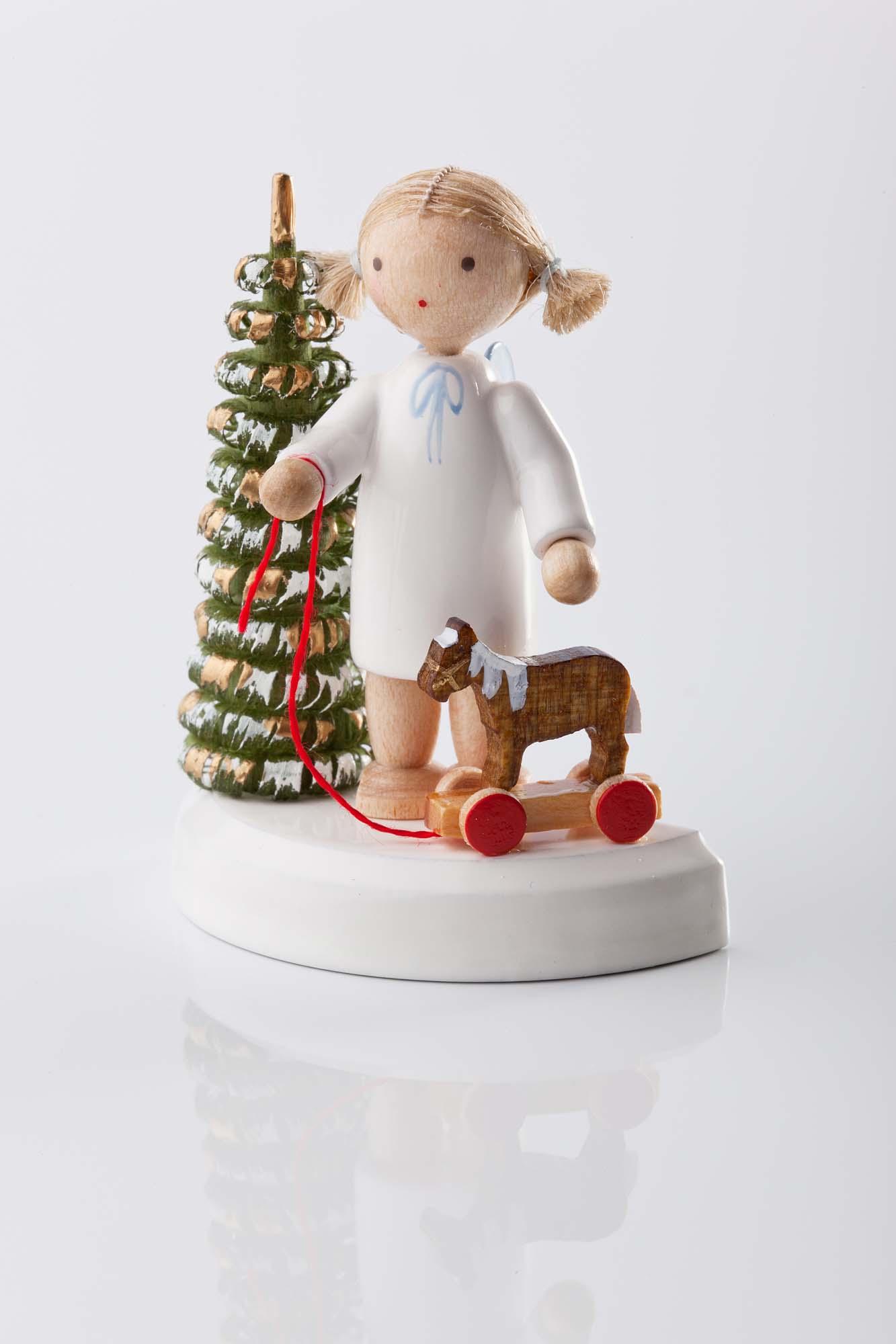 Engel am Weihnachtsbaum mit Pferdchen 6107